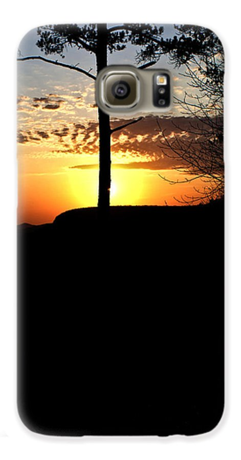Sunburst Galaxy S6 Case featuring the photograph Sunburst Sunset by Douglas Barnett