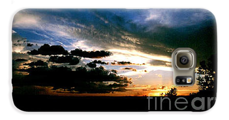 Sunset Galaxy S6 Case featuring the photograph Sunset At The North Rim by Kathy McClure