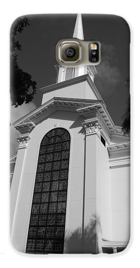 Architecture Galaxy S6 Case featuring the photograph Thats Church by Rob Hans