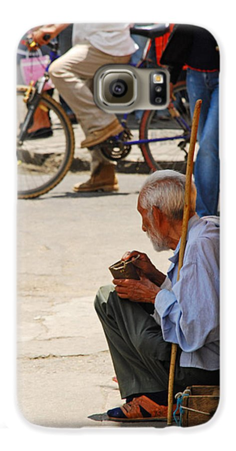 Beggar Galaxy S6 Case featuring the photograph Un Peso Por Favor by Skip Hunt