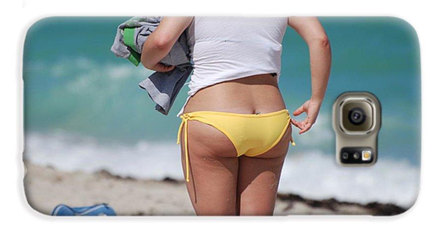Sea Scape Galaxy S6 Case featuring the photograph Yellow Bikini Bottom by Rob Hans