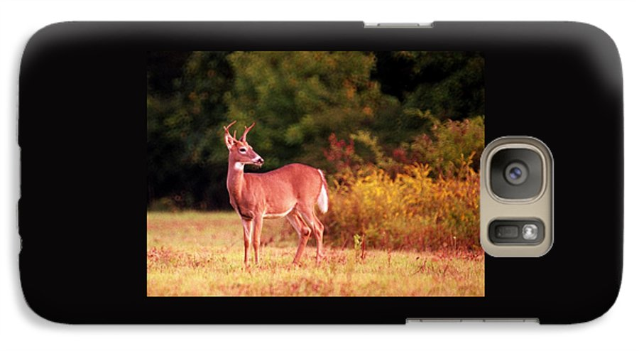Deer Galaxy S7 Case featuring the photograph 070406-58 by Mike Davis