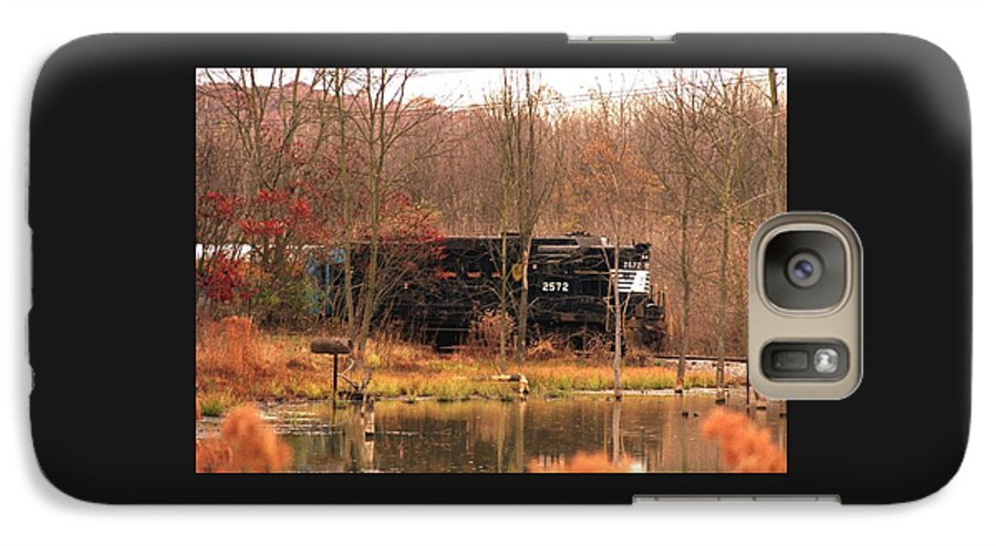 Train Galaxy S7 Case featuring the photograph 080706-57 by Mike Davis