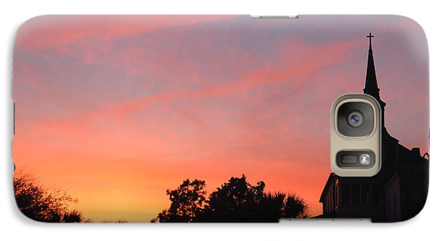 Charleston Galaxy S7 Case featuring the photograph Charleston At Dusk by Suzanne Gaff