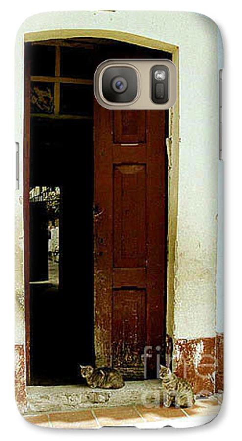 Cats Galaxy S7 Case featuring the photograph Dos Puertas Con Dos Gatos by Kathy McClure