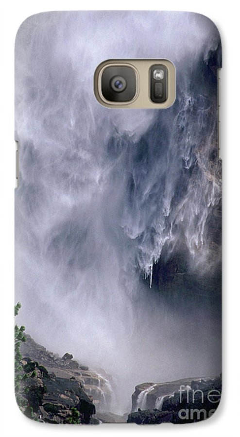 Waterfall Galaxy S7 Case featuring the photograph Falling Water by Kathy McClure