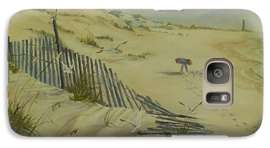 Seascape Galaxy S7 Case featuring the painting Gathering Seashells by Wanda Dansereau