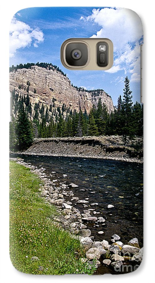 Landscape Galaxy S7 Case featuring the photograph Upriver In Washake Wilderness by Kathy McClure
