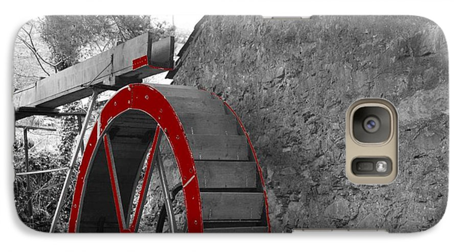 Water Galaxy S7 Case featuring the photograph Water Wheel. by Christopher Rowlands
