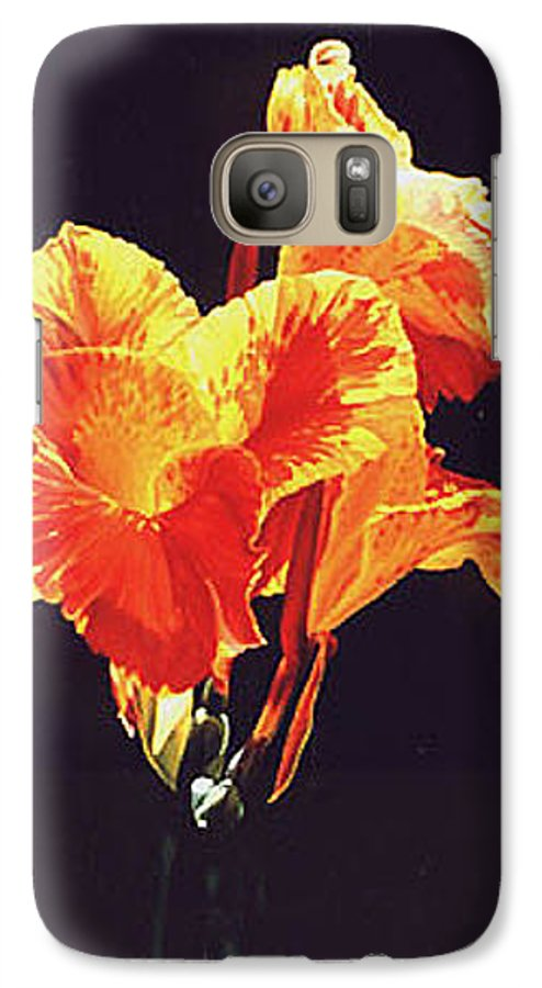 Floral Galaxy S7 Case featuring the painting Yellow Canna by Gary Hernandez