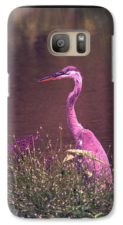 Great Blue Heron Galaxy S7 Case featuring the photograph 080706-12 by Mike Davis