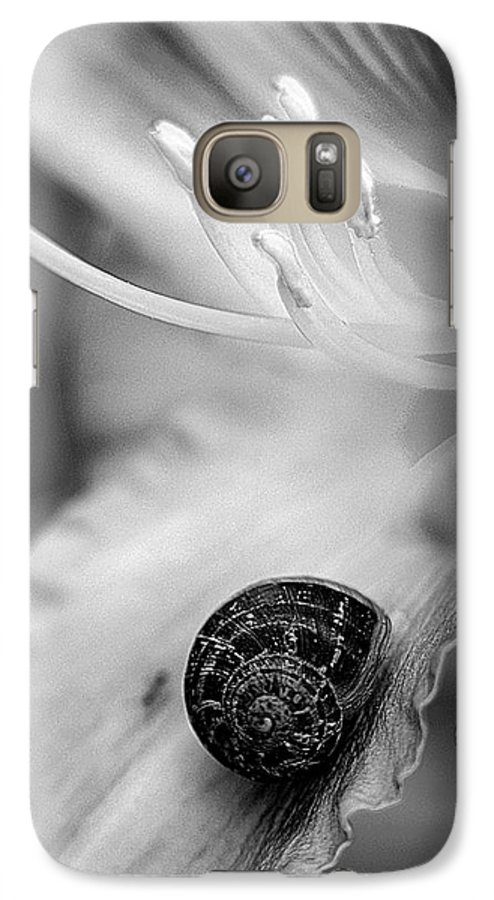 Clay Galaxy S7 Case featuring the photograph B And White Floral With Snail by Clayton Bruster