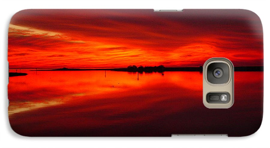 Sunset Galaxy S7 Case featuring the photograph A Sunset Kiss -debbie-may by Debbie May
