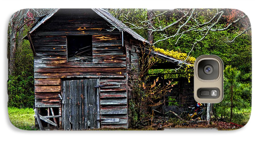Barn Galaxy S7 Case featuring the photograph A Yellow Cover by Christopher Holmes