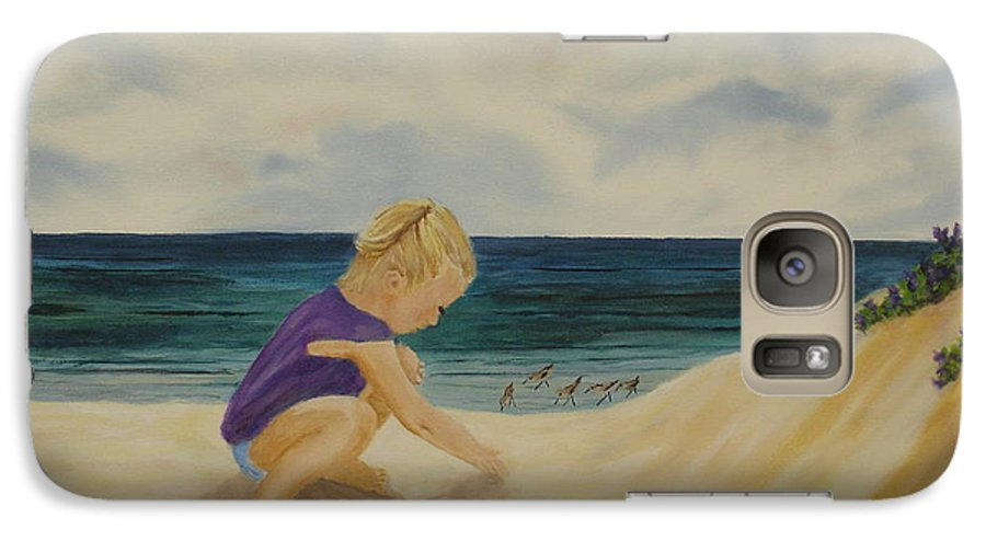 Child Galaxy S7 Case featuring the painting Beachcomber by Susan Kubes