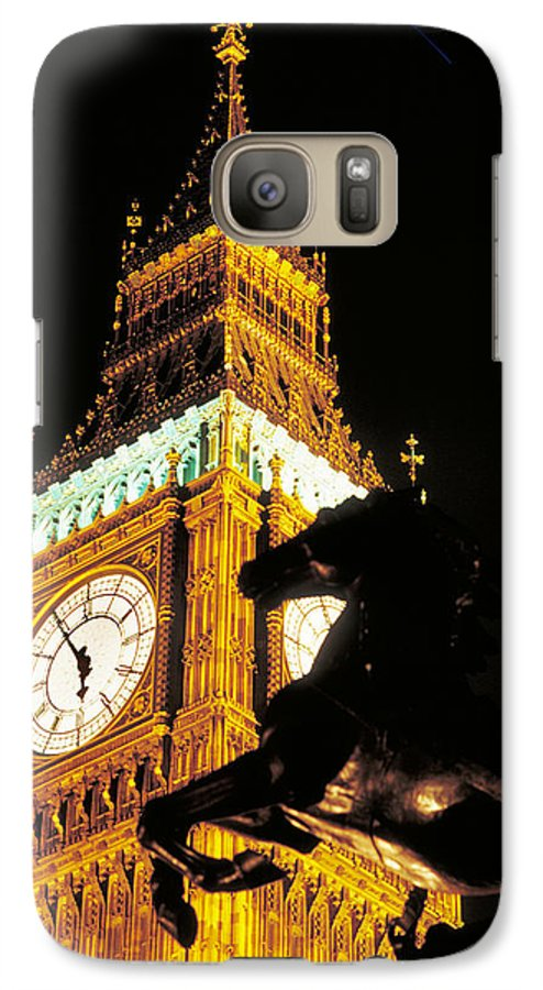 Clock Galaxy S7 Case featuring the photograph Big Ben In London by Carl Purcell