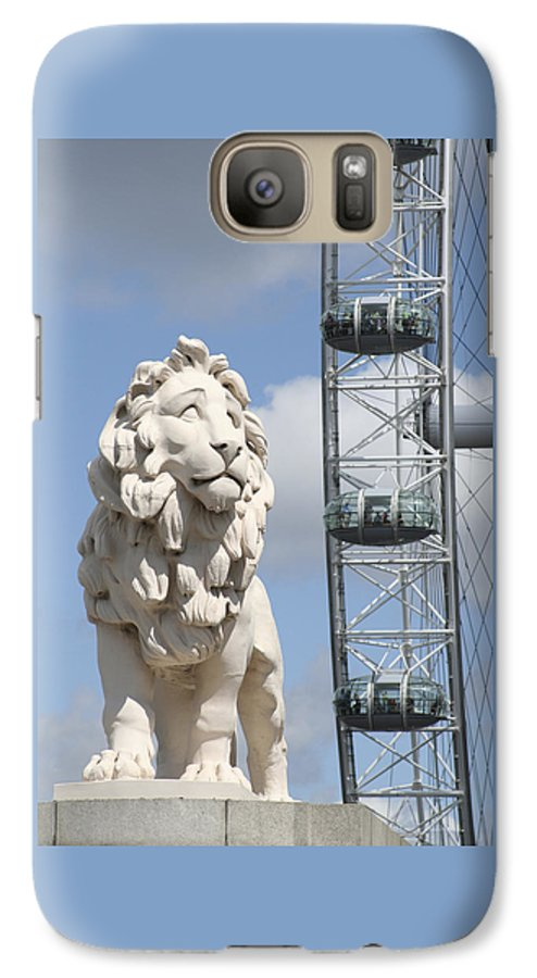 Lion Galaxy S7 Case featuring the photograph Britannia Lion by Margie Wildblood