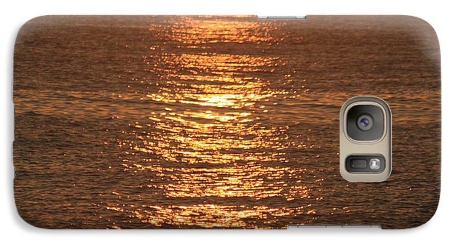 Ocean Galaxy S7 Case featuring the photograph Bronze Reflections by Nadine Rippelmeyer
