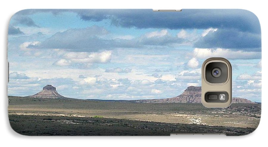 Big Sky Galaxy S7 Case featuring the photograph Buttes by Margaret Fortunato