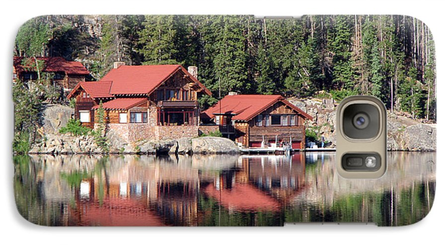 Cabin Galaxy S7 Case featuring the photograph Cabin by Amanda Barcon