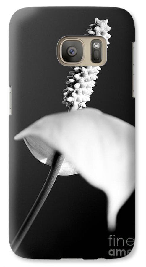 Black & White Galaxy S7 Case featuring the photograph Calla Lily by Tony Cordoza