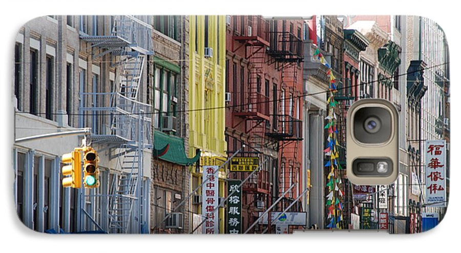 Architecture Galaxy S7 Case featuring the photograph Chinatown Walk Ups by Rob Hans