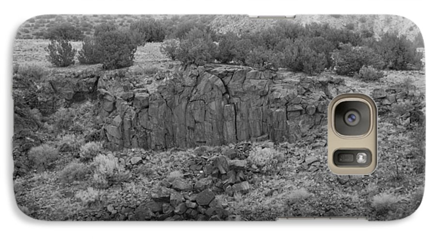 Rocks Galaxy S7 Case featuring the photograph Cochiti Rocks by Rob Hans