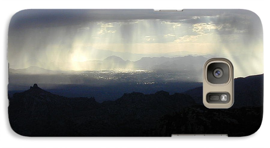 Darkness Galaxy S7 Case featuring the photograph Darkness Over The City by Douglas Barnett