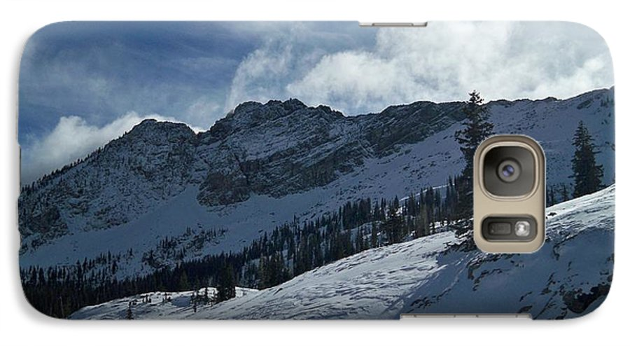 Ski Galaxy S7 Case featuring the photograph Devils Castle Morning Light by Michael Cuozzo