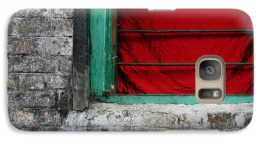 Red Galaxy S7 Case featuring the photograph Dharamsala Window by Skip Hunt