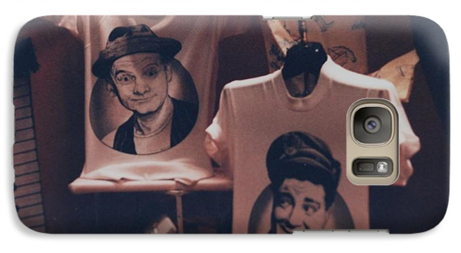 The Honeymooners Galaxy S7 Case featuring the photograph Ed And Ralphie Boy by Rob Hans