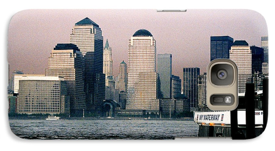 New York Galaxy S7 Case featuring the photograph Empty Sky by Steve Karol