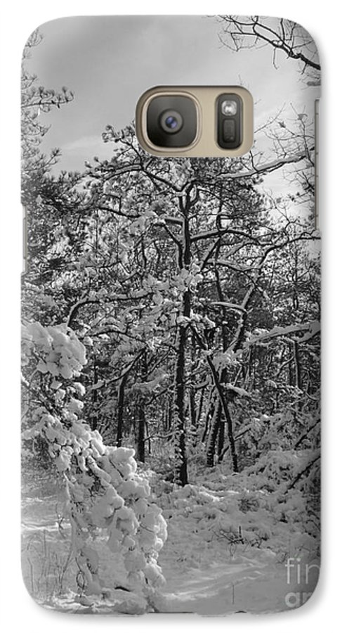 Black And White Galaxy S7 Case featuring the photograph Empty Travel by Chad Natti