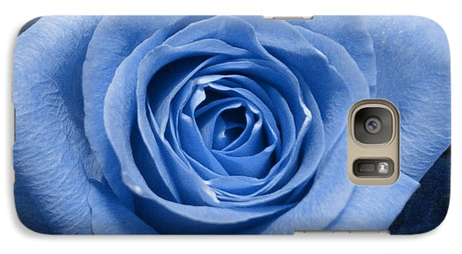 Rose Galaxy S7 Case featuring the photograph Eye Wide Open by Shelley Jones