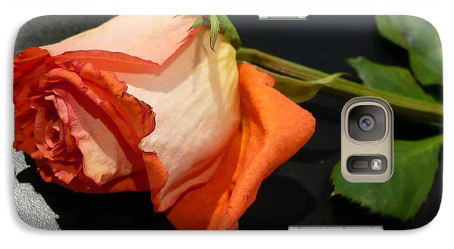 Botanical Galaxy S7 Case featuring the photograph Fading Rose by Florene Welebny