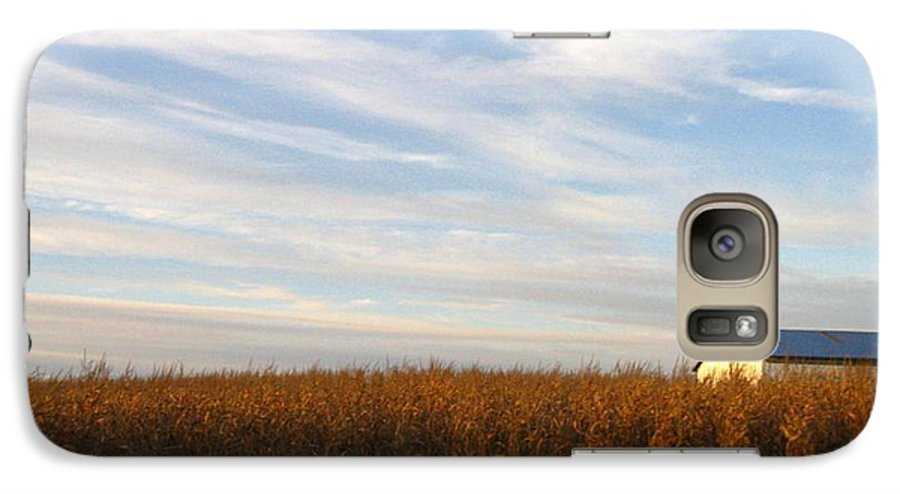 Country Galaxy S7 Case featuring the photograph Fields Of Gold by Rhonda Barrett