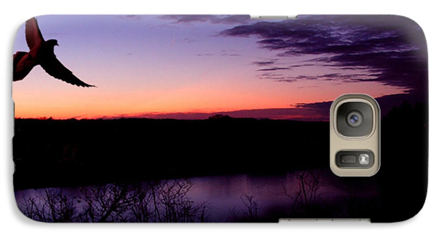 Dove Galaxy S7 Case featuring the photograph Free by Kenneth Krolikowski