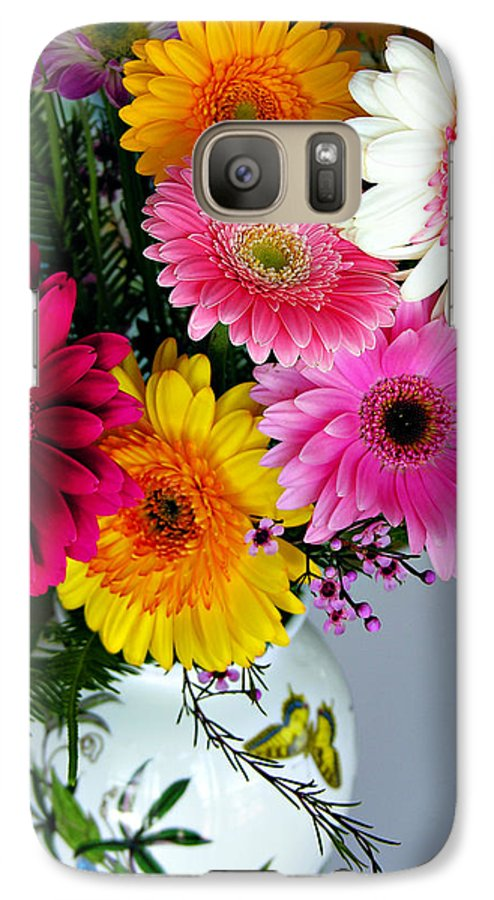 Flower Galaxy S7 Case featuring the photograph Gerbera Daisy Bouquet by Marilyn Hunt