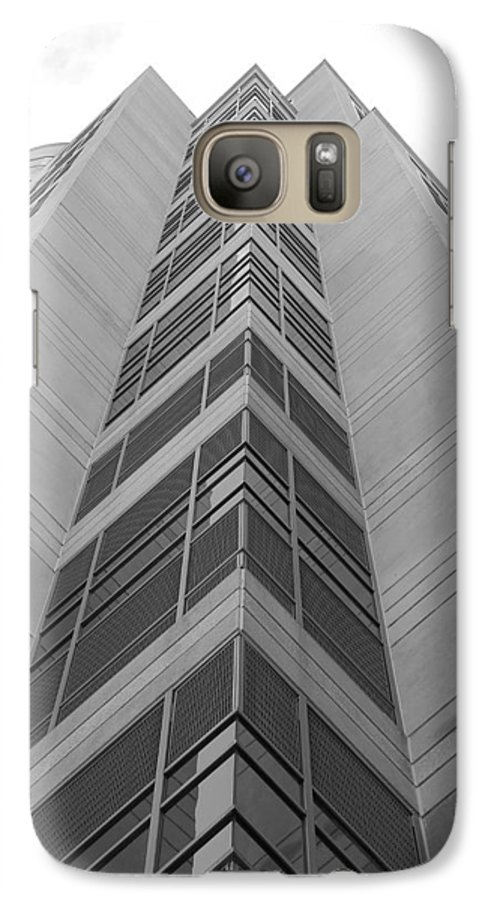 Architecture Galaxy S7 Case featuring the photograph Glass Tower by Rob Hans