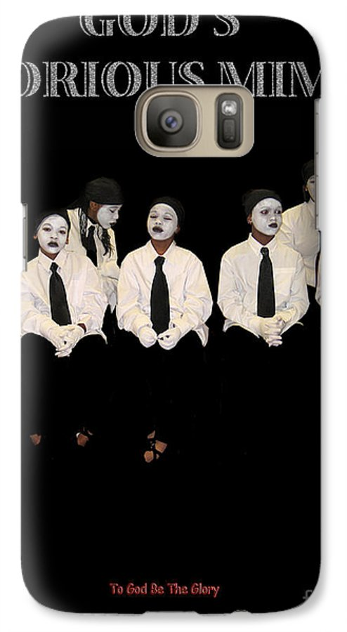 Young Mimes Waiting To Perform For God Galaxy S7 Case featuring the photograph God by Reggie Duffie