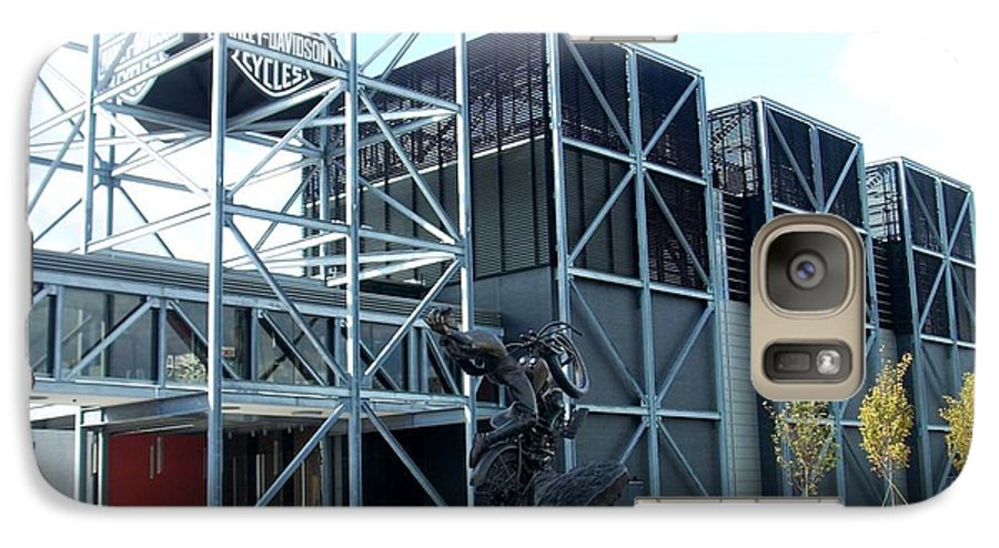 Architechture Galaxy S7 Case featuring the photograph Harley Museum And Statue by Anita Burgermeister