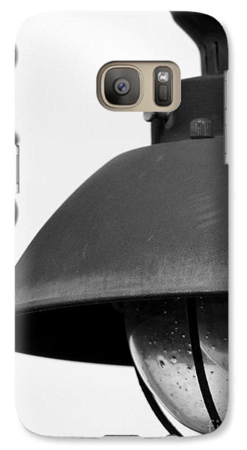 Lamppost Galaxy S7 Case featuring the photograph Lamp Post by Amanda Barcon