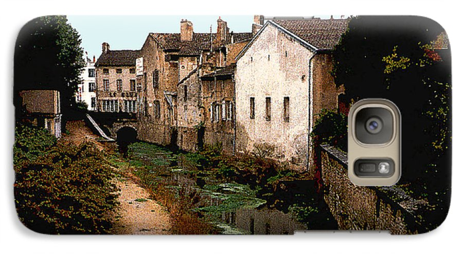 France Galaxy S7 Case featuring the photograph Loire Valley Village Scene by Nancy Mueller