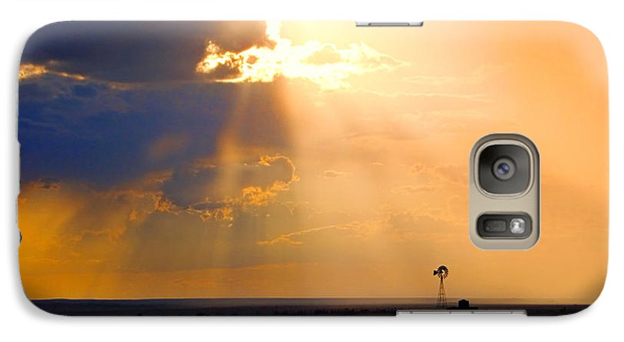 Skip Hunt Galaxy S7 Case featuring the photograph Marfa Windmill 1 by Skip Hunt