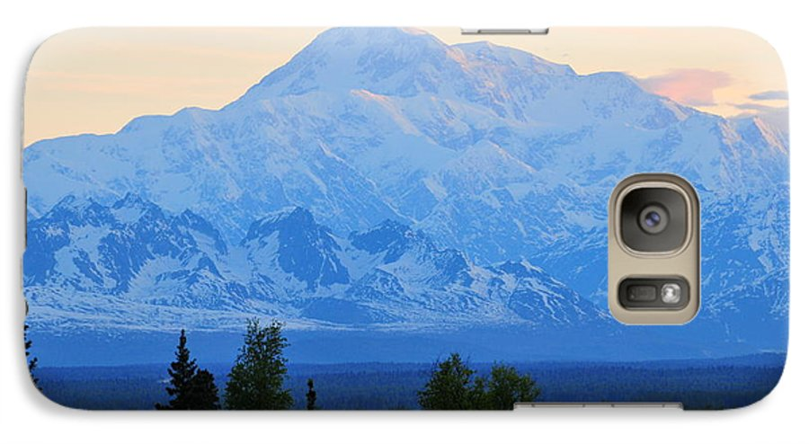 Mount Mckinley Galaxy S7 Case featuring the photograph Mount Mckinley by Keith Gondron