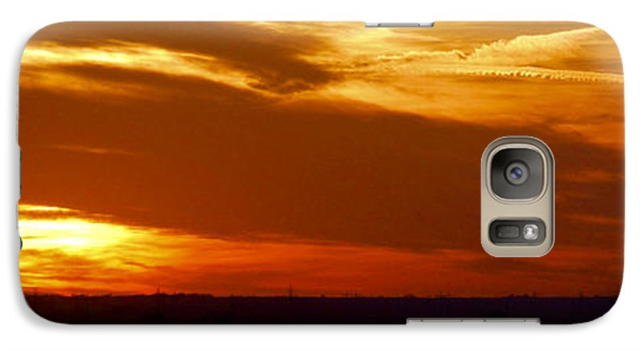 Landscape Galaxy S7 Case featuring the photograph Oklahoma Sunset by Larry Keahey