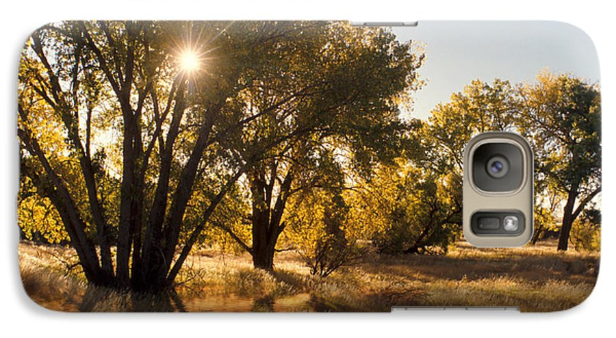 Ftrees Galaxy S7 Case featuring the photograph Oliver Sunbursts by Jerry McElroy