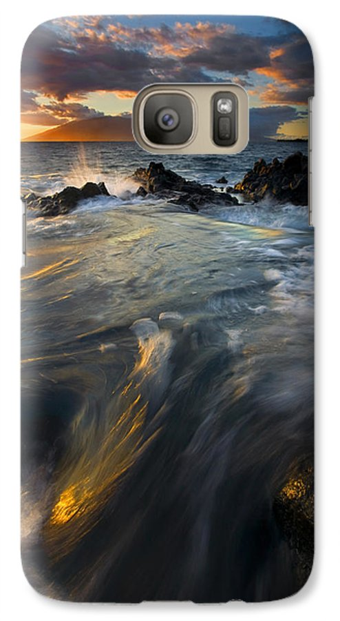 Cauldron Galaxy S7 Case featuring the photograph Overflow by Mike Dawson