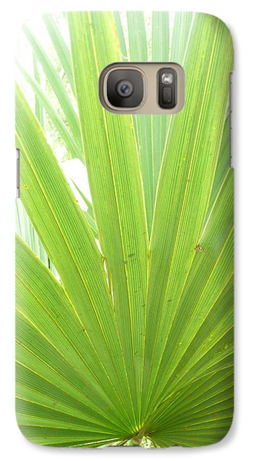 Green Galaxy S7 Case featuring the photograph Palmetto by Kathy Schumann
