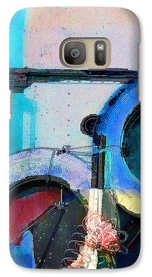 Abstract Galaxy S7 Case featuring the photograph panel three from Centrifuge by Steve Karol